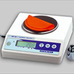 area_weight_balance_ARR-300_to_determine_the_gsm_substance_or_we200